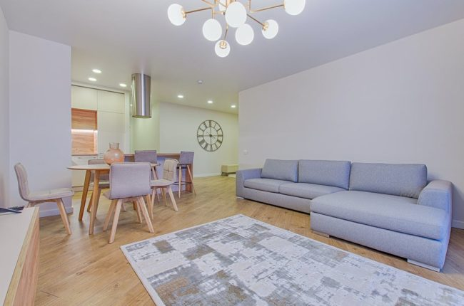 Staging a Home for Buyer Viewing